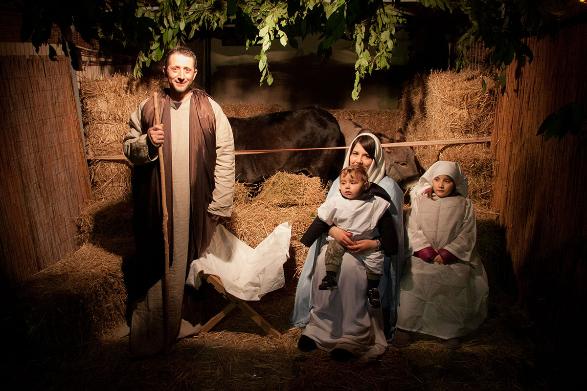 You are browsing images from the article: Presepe Vivente 2016