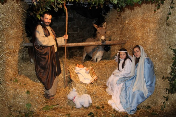 You are browsing images from the article: Presepe Vivente 25 dicembre 2010